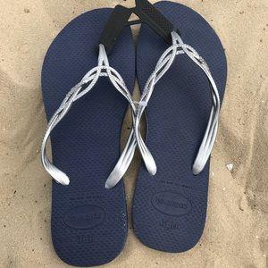 NEW beautiful Havaianas Sandals size 9/10